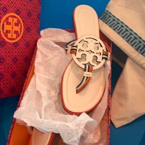 Brand new Tory Burch Sandler's size 9
